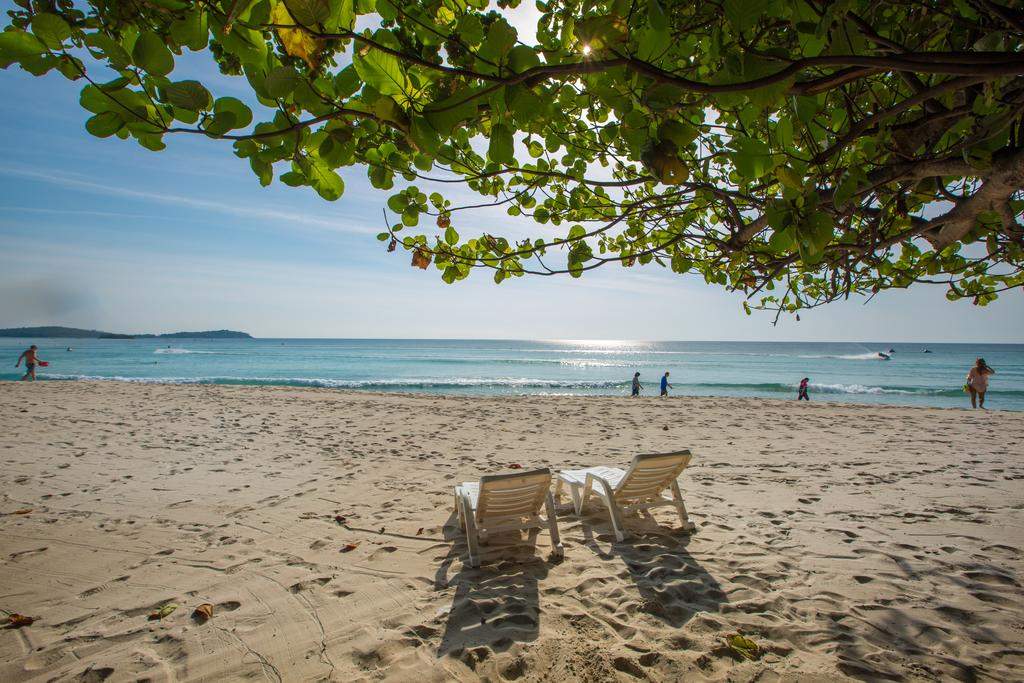 How to arrange beach for holiday.